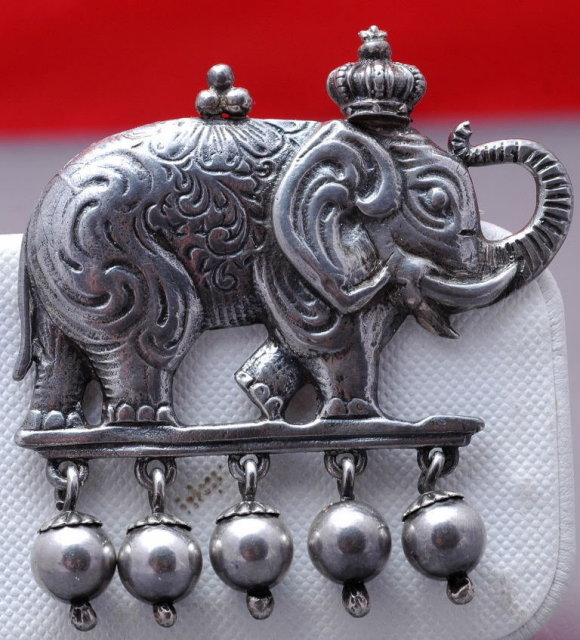 BIG Sterling Silver Elephant Dangle Pin  28gm