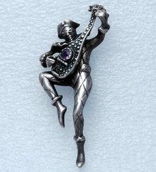 Sterling Amethyst Harliquin Mandolin PIN 30 gms