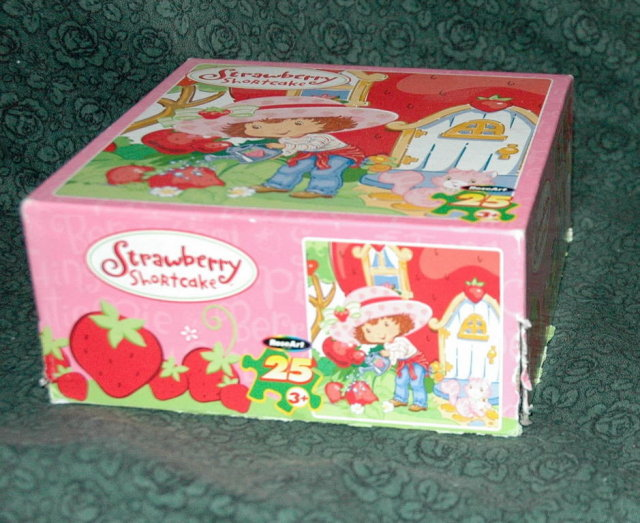 25 pc Strawberry Shortcake Puzzle.  Free Shipping in the USA