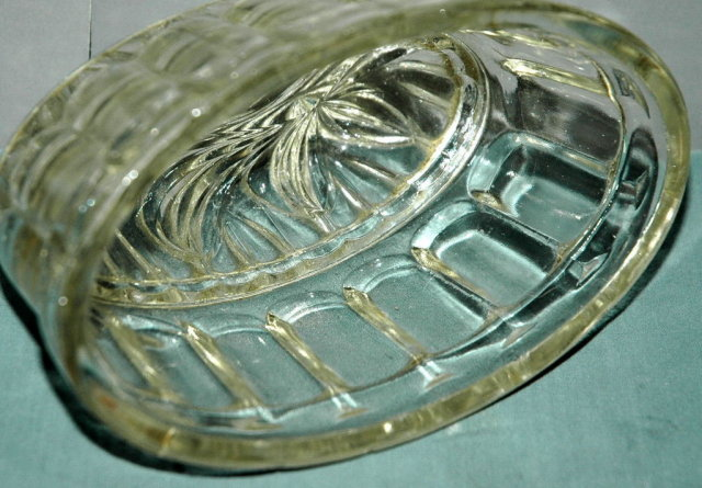 Old Depression Glass Jello or Gelalin Mold
