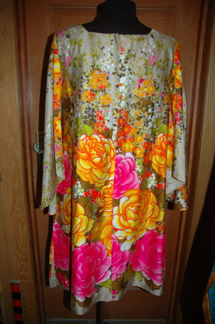 Swing Dress size Med  Brightly Colored - Vintage Retro 60's