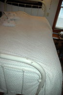 Lovely Ivory Chenille Queen Bedspread  Ultra Thick & Plush 116