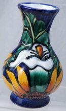 Mexican Talavera  Pottery Vase Signed, Libre Depolomo Mexico G.L.