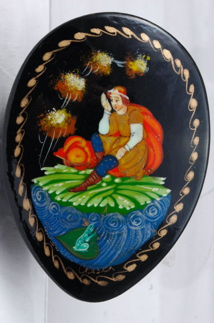 Russian Lacquer Palekh Box  Artist Signed Oval