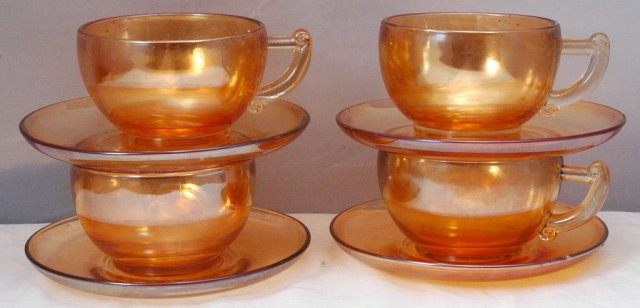 Jeannette Glass Cup Saucer Set of 4  Gold Luster-ware Carnival