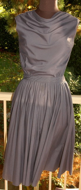 Vintage  Drape Neck Avalon Classic Dress  sz 12