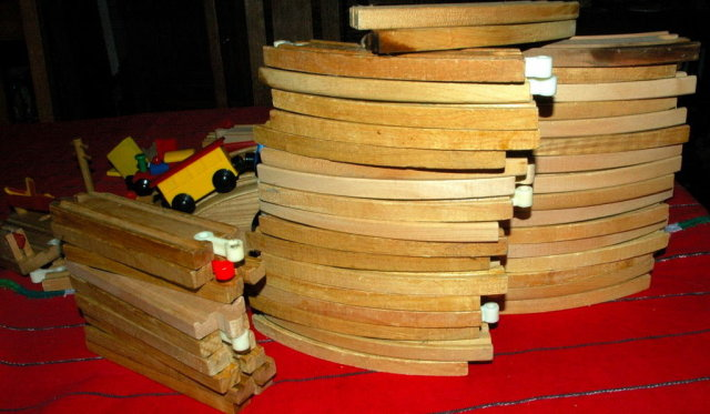 Brio Wooden Train & Tracks Lot  8 pounds