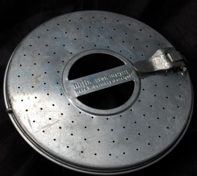 Hilfix W. Germany Pudding Steamer Ring Mold Pan