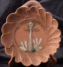 1962 SEATTLE WORLDS FAIR SPACE NEEDLE WALL PLAQUE DISH